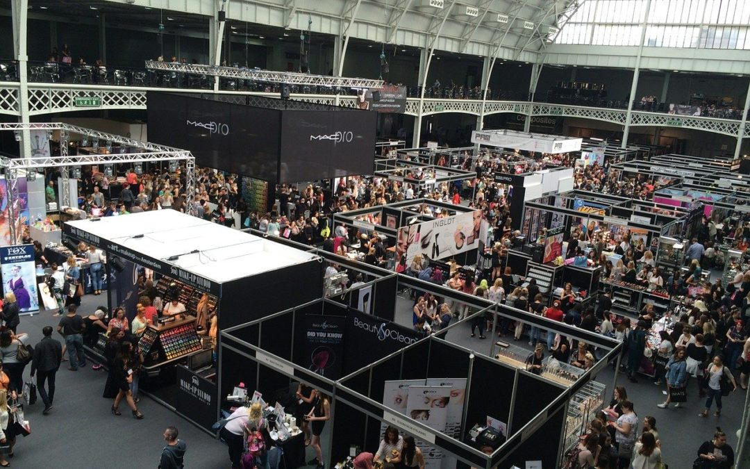 Two ways to make your trade show booth more exciting